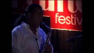 "Jazz Traffic Festival 2013 - Gleen Fredly ""Sedih Tak Berujung"""