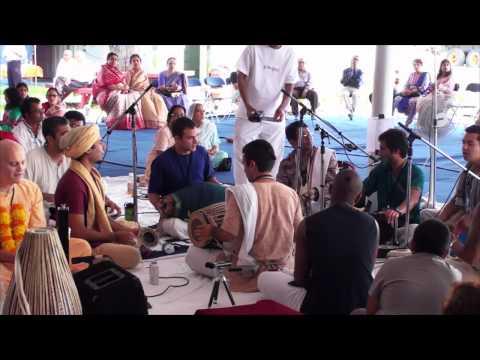 Bhajan - Krsna das - Toronto 24hr Kirtan - 6