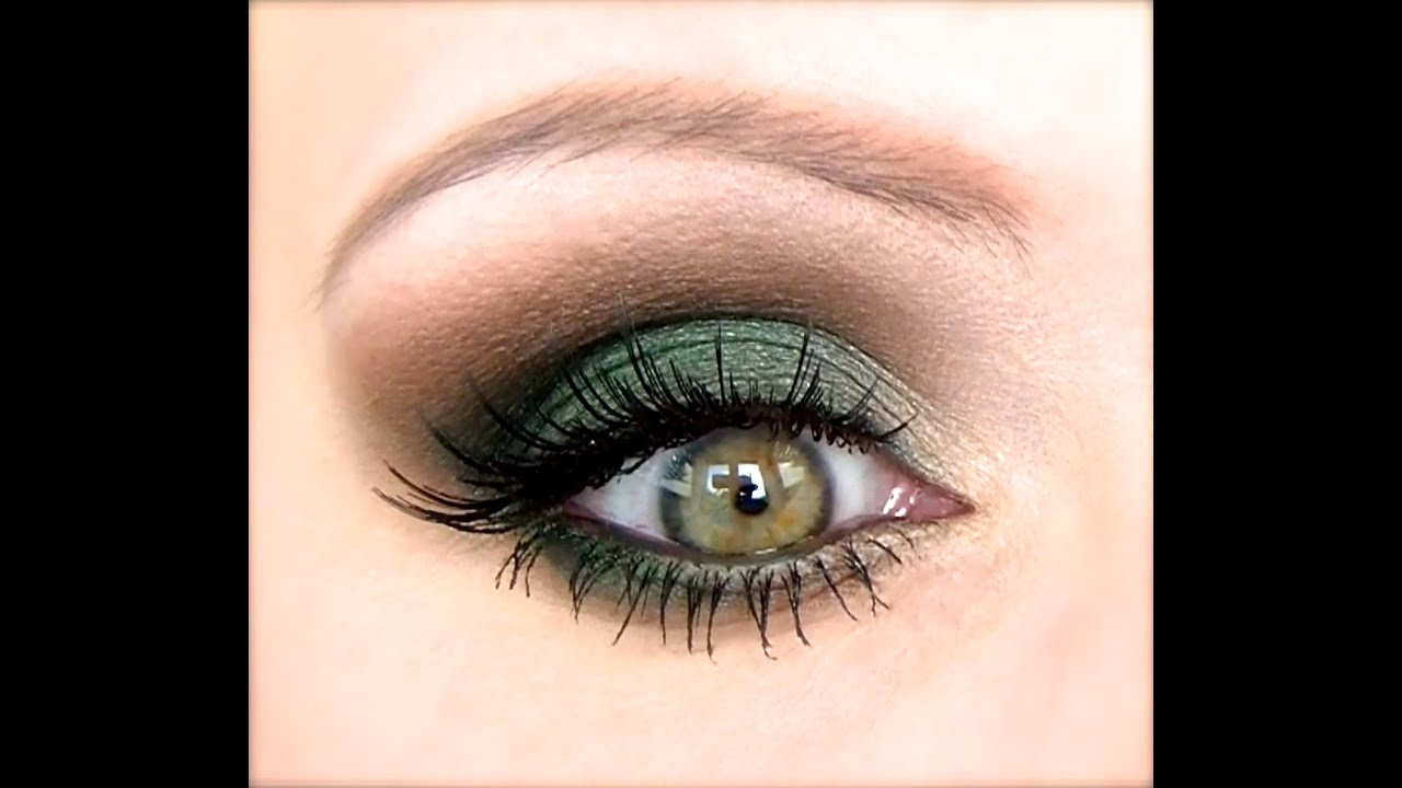 mac makeup tutorial: green smokey eye
