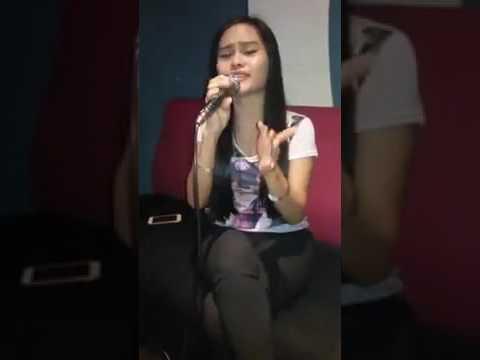 Malindo pub karaoke