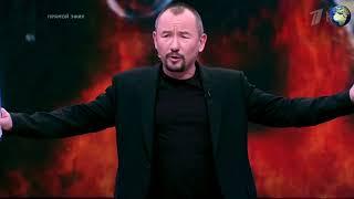 Боец АТО опубликовал видео с плевками в ведущего Шейнина