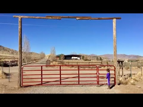 Lowe's Tarter Farm Gate Install/Review (16ft and 4ft)