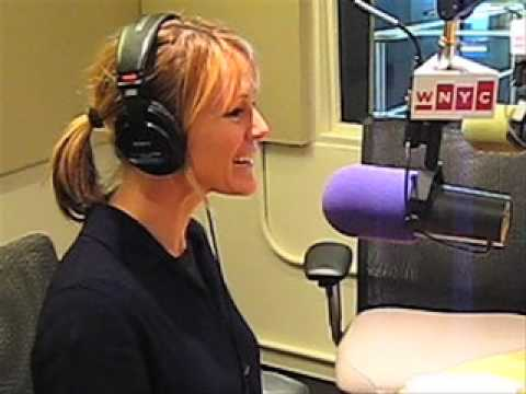 Mary Stuart Masterson on her Directorial Debut
