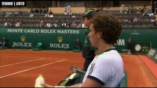 Milos Raonic vs. Ernests Gulbis / Set 1 - Most Hilarious Umpire Exchange