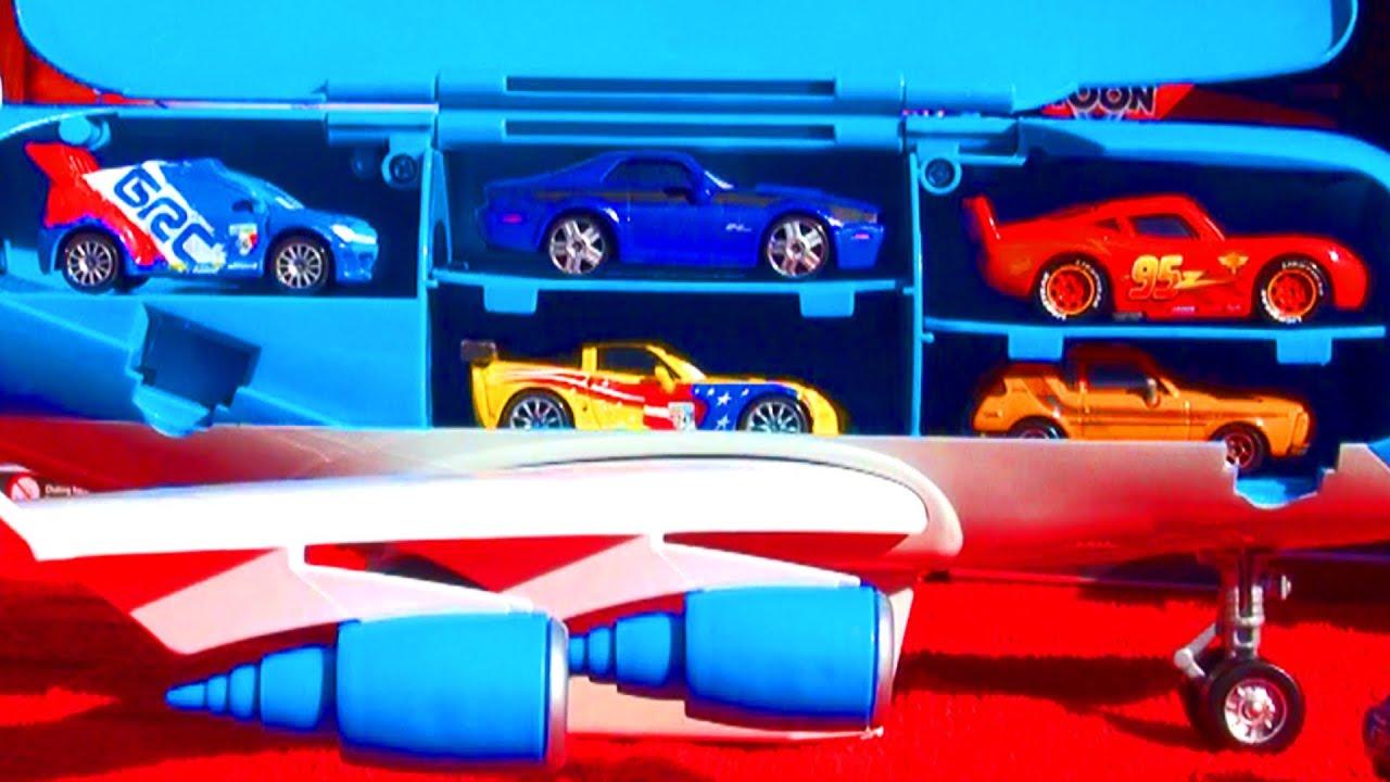 Cars 2 turbo loft plane everett car transporter rc jumbo for Loft car