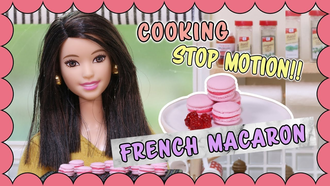 [Stop motion] Barbie doll Cooking - French Raspberry Macarons