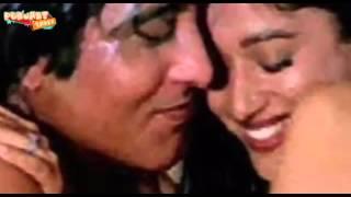 Madhuri Dixit & Vinod Khanna