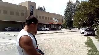 В Мелитополе отец ребенка, на которого напали собаки, собирается в них стрелять
