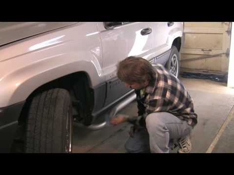 Auto Repair & Maintenance : How to Remove Tar From Car Paint