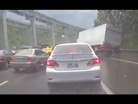 Car Crash Compilation 2014 - 1 Hour of Asian Road Accidents