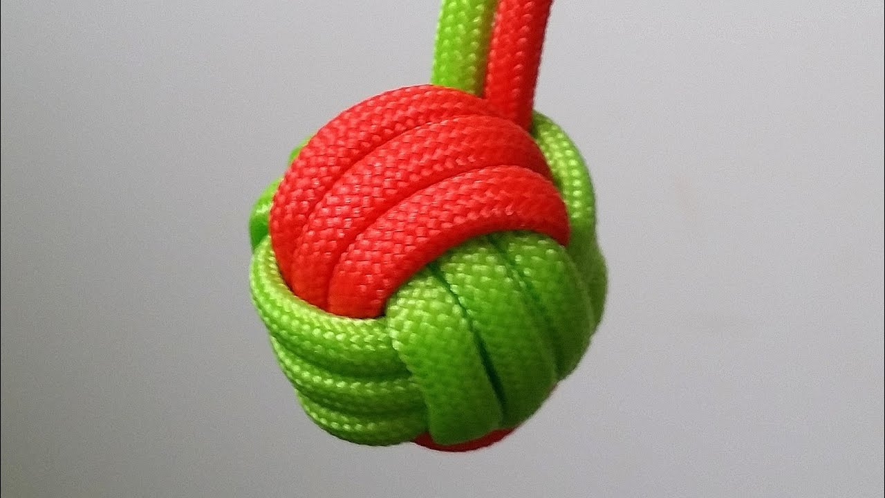 how to make a two color fist keychain - Monkey Fist