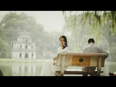 TORN BETWEEN TWO LOVERS by Mary MacGregor (with lyrics)