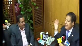 Ismailia Governor receives Zewail before visiting the new Suez Canal