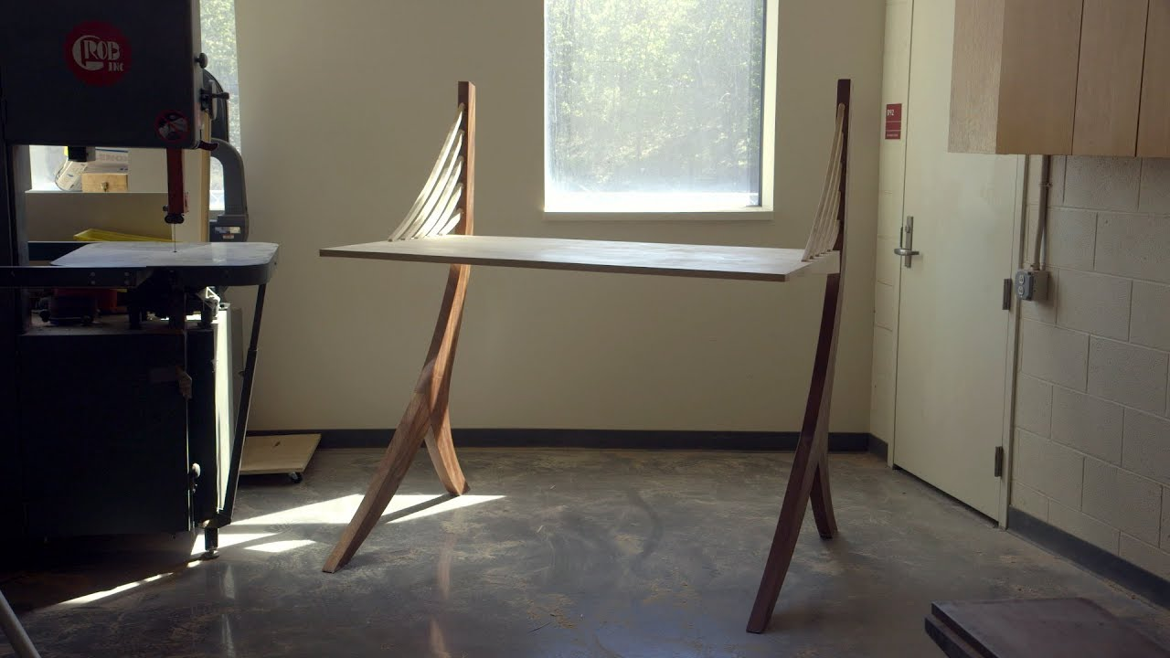 Building A Wooden Desk From Scratch