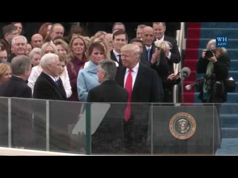 Donald Trump arrives at the presidential inauguration