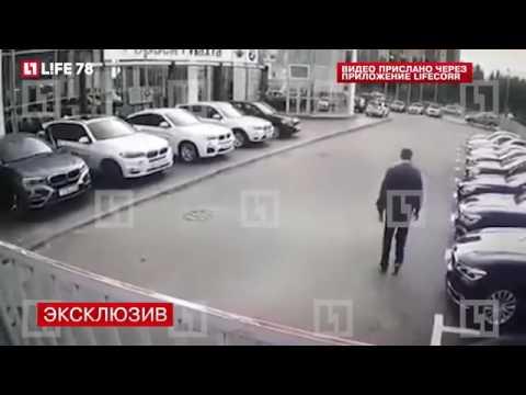 В Санкт - Петербурге угон четырёх BMW из автосалона