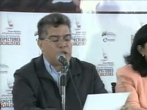 Elías Jaua lee comunicado rechazando declaraciones de Obama contra Venezuela