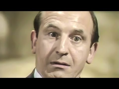 The Fall and Rise of Reginald Perrin - s01e01 - Hippopotamus