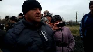 Часть 6   В городе Ровеньки, Луганской обл  было задержано 3 Камаза с военными и оружием  13 04 2014(, 2014-04-13T20:00:15.000Z)