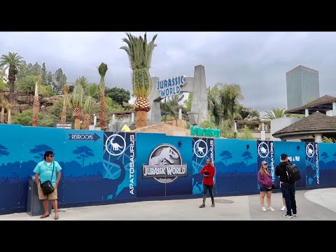 Universal Studios Hollywood Construction Update - Jurassic World Progress / Early HHN Teasers & MORE