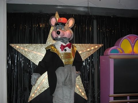 CEC ARCHIVE: Chuck E Cheese Springfield September 2005 Segment 1