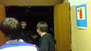 Погрузка вещей в #Крымск.(Видео без цензуры. Всё как было. Если кто недоволен - напишите, удалю., 2012-07-12T18:46:56.000Z)