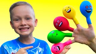 Alex Bermain Mengisi Air Dalam Balon Daddy Finger Nursery Rhymes | Learn Colors With Balloons