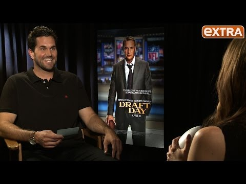 Matt Leinart Quizzes Cast of