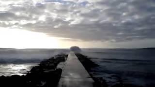 Onda destroi Restaurante na Praia do Molhe @ Ferragudo