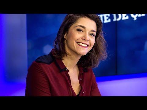 Emma de Caunes, amoureuse splendide et sensuelle thumbnail