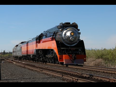 Northwest Steam: SP 4449 Cascades Daylight Between Portland and Bend, OR