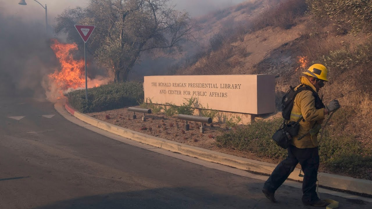 Easy Fire Map, Update as Firefighters Save Reagan Library in Simi ...