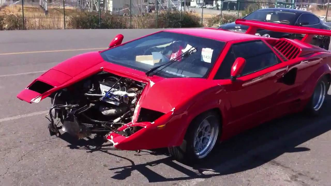 Crashed Lamborghini Countach Youtube