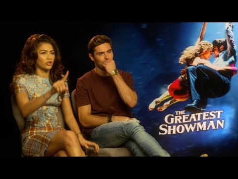 Zendaya stops interview to fix reporters hair