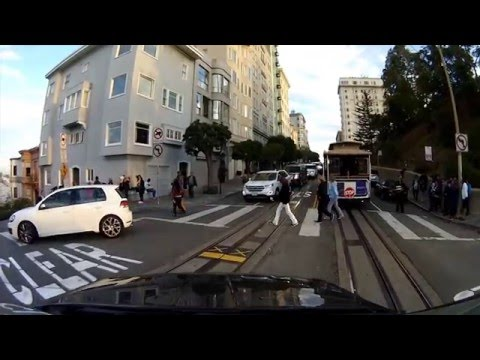 Driving in San Francisco   Lombard Street
