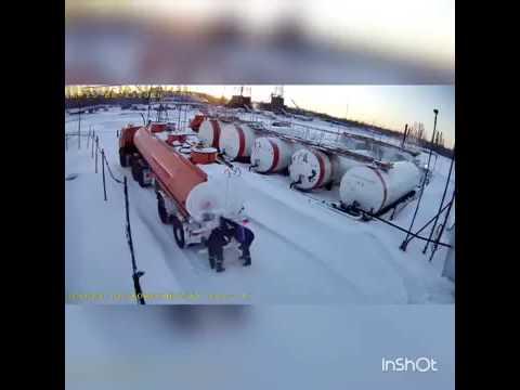 Взрыв бензовоза снятый на камеру. Двое погибших.