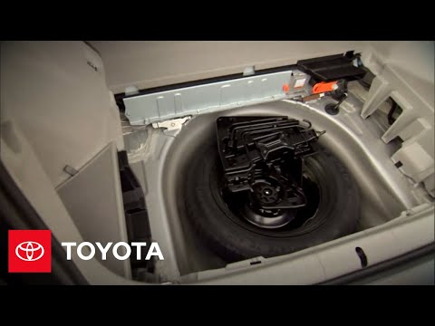 2010 Prius How-To: Rear Cargo Area & Rear Seats | Toyota