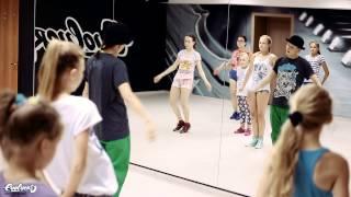 Locking.Детский интенсив в школе танцев EVOLVERS. Преподаватель Александра Кудрявцева