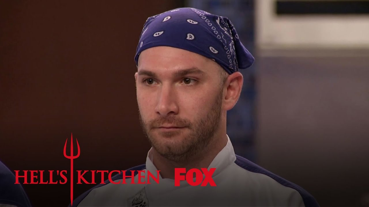 Paulie falls in love with one of the dancers season 16 for Watch hell s kitchen season 16
