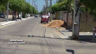 Calçadas em Limoeiro são ocupadas por logistas,ambulantes e feirantes da cidade, atrapalhando o trânsito