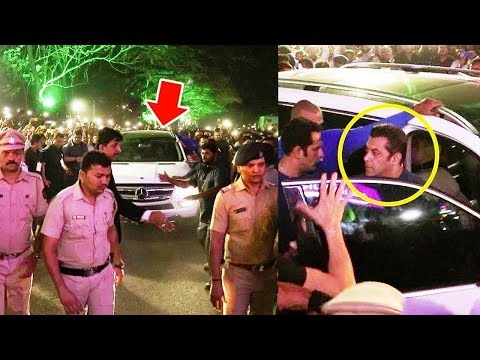 Salman Khan's GRAND ENTRY At PNG Jewellers Store Launch in Pune