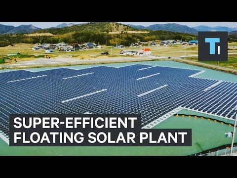 Super-efficient floating solar plant