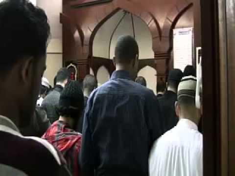 Muhammad Taha Al-Junaid : Maghrib Salah Green Lane Masjid