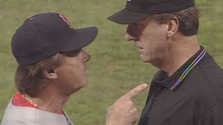 2005 NLCS Gm4: La Russa ejected in the 7th inning