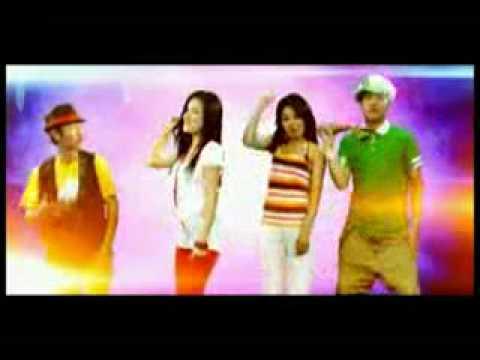 Universe Best Songs 2010 Waving Flag (Asian Version)