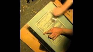 Печать линогравюрной открытки. Серия 1,5(Печать второго оттиска на кальке., 2011-01-04T12:53:44.000Z)