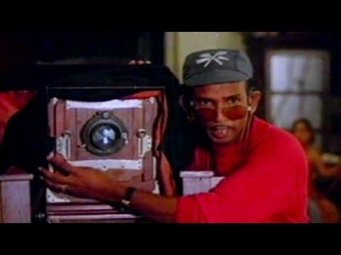 Mamukoya Comedy   VADAKKUNOKIYENTHRAM   Malayalam Movie Comedy Clips   Sreenivasan Photoshoot Comedy