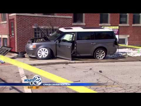 Police Find Drugs After Jeep Hits Building, Cars In Nappanee