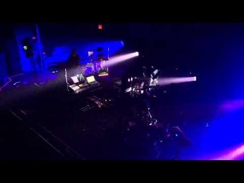 Radiohead - Lotus Flower (SBTRKT Remix)...