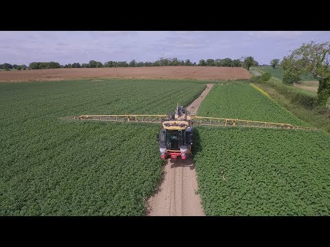 GRASSMEN TV - Country Crest Potato Spraying